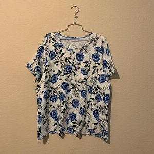 Croft & Barrow Blue Floral Classic Tee